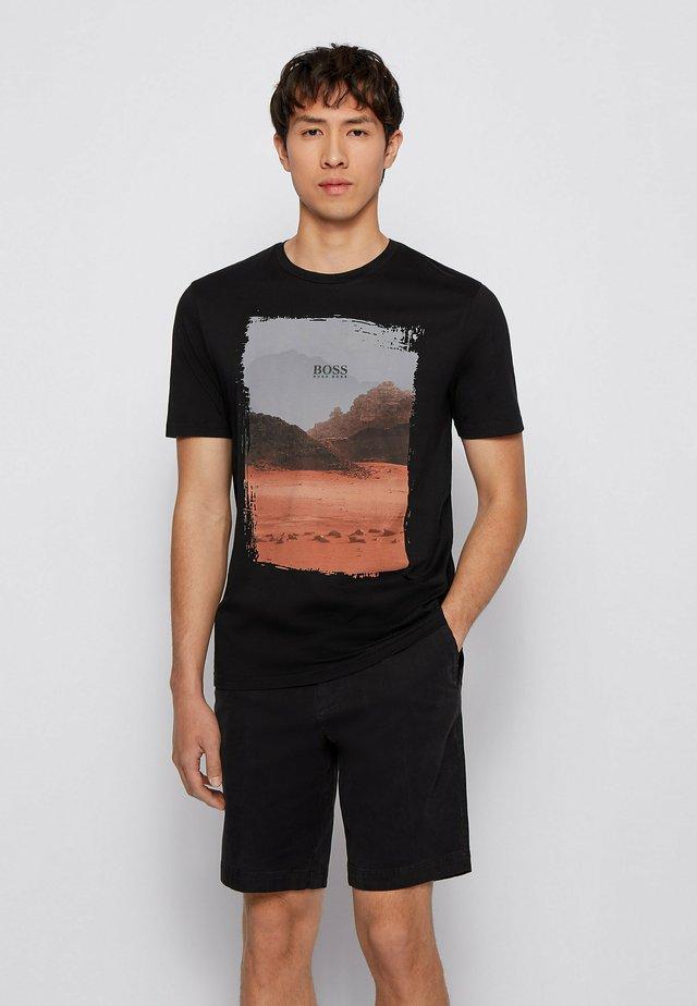 TSUMMERY - T-shirt con stampa - black