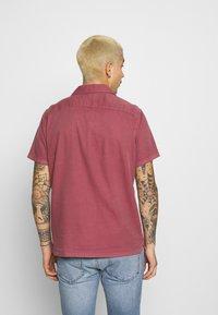 Abercrombie & Fitch - Vapaa-ajan kauluspaita - solid dusty burgundy - 2