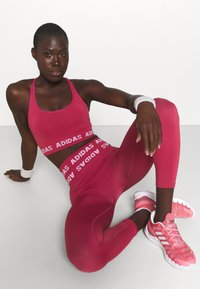 adidas Performance - AEROKNIT 7/8 T TRAINING WORKOUT DESIGNED4TRAINING PRIMEGREEN LEGGINGS FITTED - Tights - berry - 3