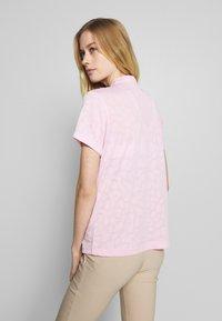 Daily Sports - UMA - T-shirt z nadrukiem - pink - 2