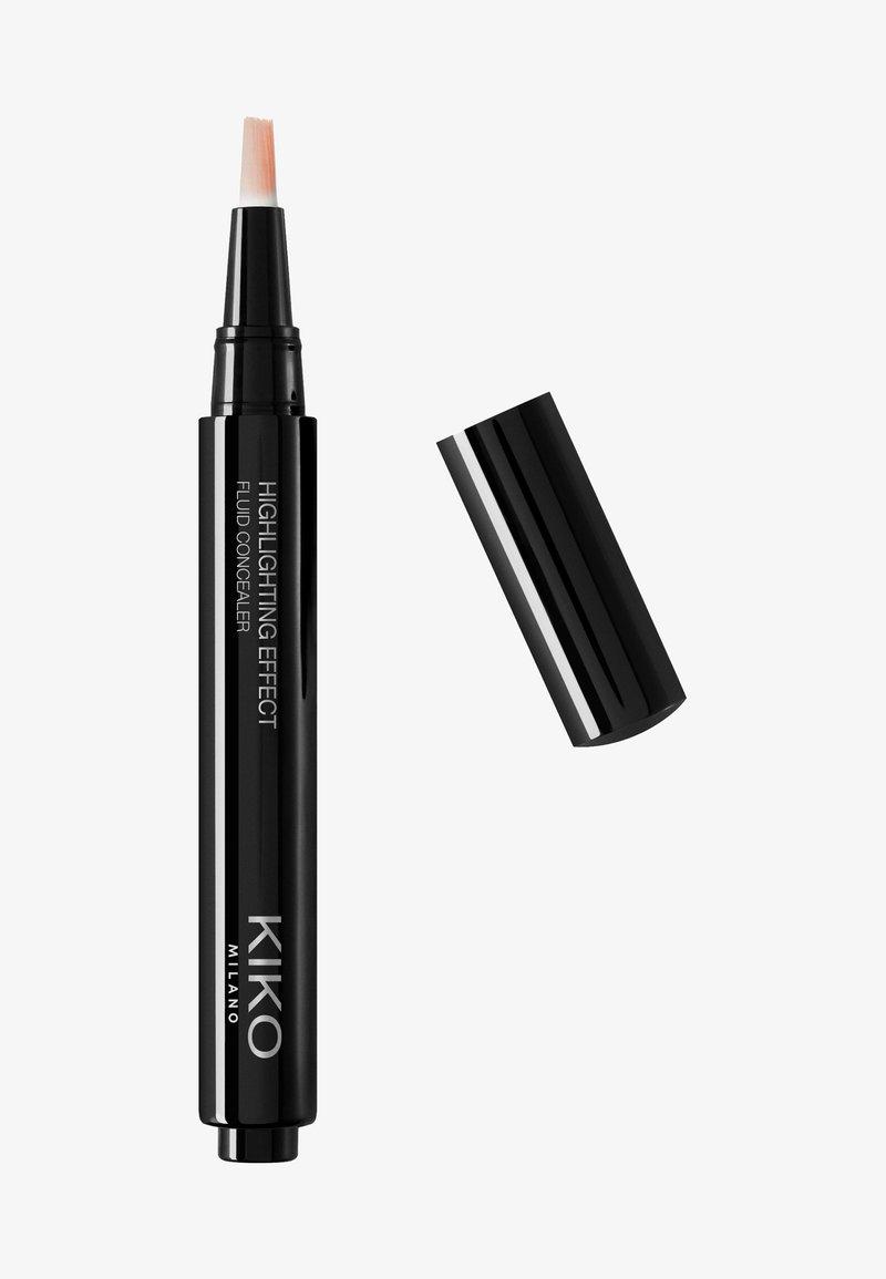 KIKO Milano - HIGHLIGHTING EFFECT FLUID CONCEALER - Concealer - 04 rosy beige