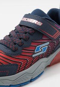 Skechers - THERMOFLUX 2.0 - Tenisky - red/blue/navy - 2