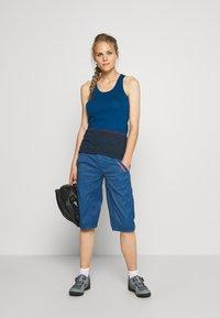 ION - BIKESHORTS SEEK - Pantalon 3/4 de sport - ocean blue - 1