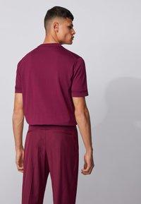 BOSS - IMATTEO - T-Shirt basic - purple - 2