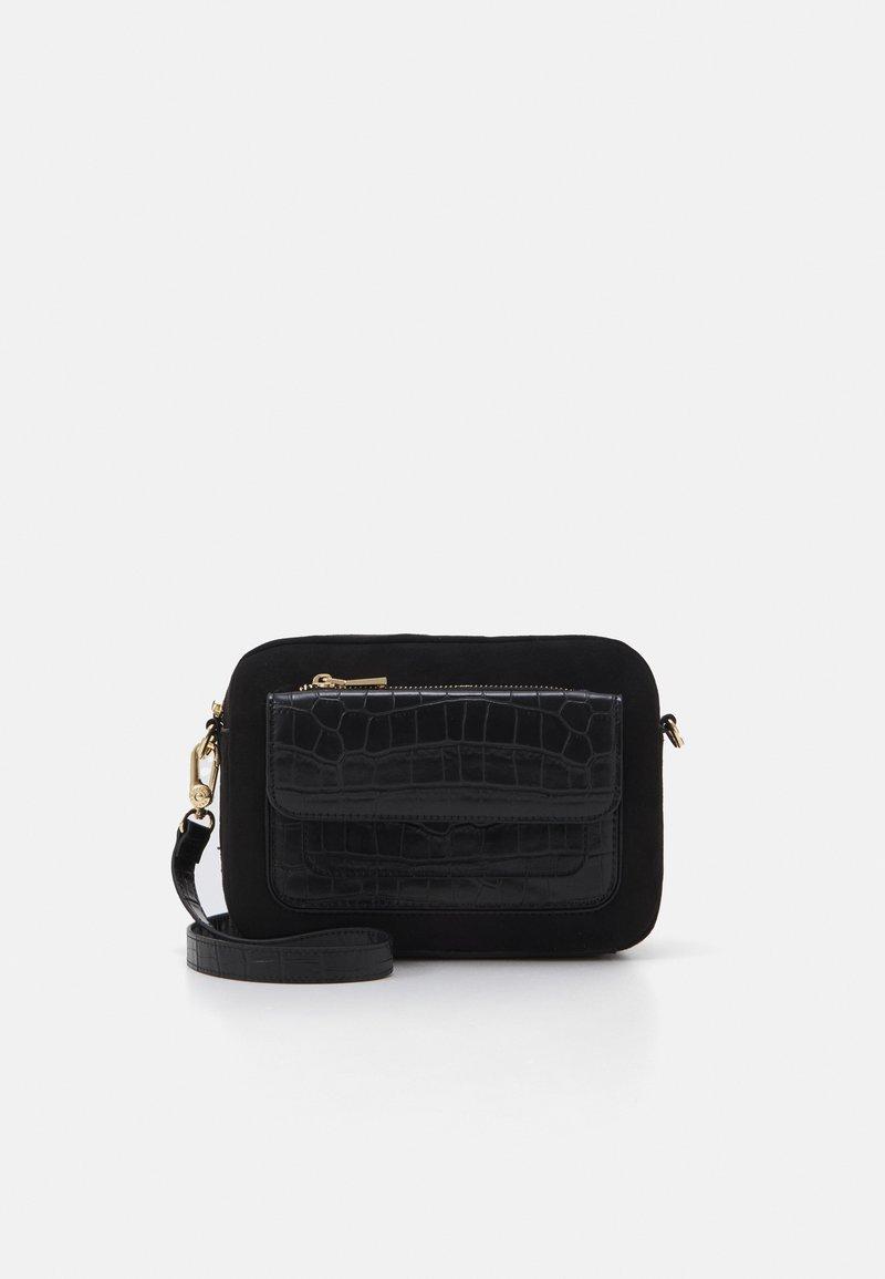 PARFOIS - CROSSBODY BAG  - Taška spříčným popruhem - black