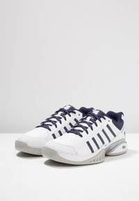 K-SWISS - RECEIVER IV CARPET - Carpet court tennis shoes - white/navy - 2