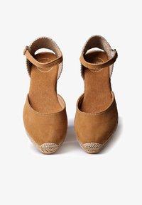 Toni Pons - LLORET - Platform heels - tan - 1