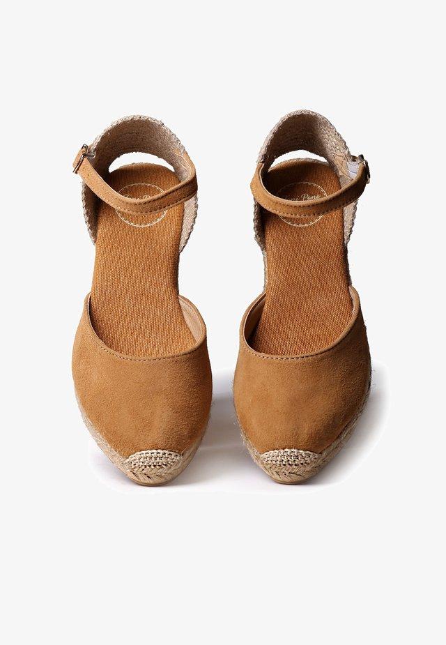 LLORET - Platform heels - tan