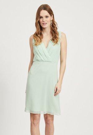 Robe d'été - cameo green