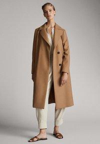 Massimo Dutti - Classic coat - brown - 1
