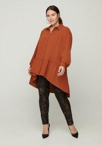 Zizzi - Button-down blouse - brown - 1