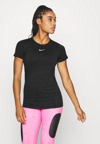 Nike Performance - INFINITE - Print T-shirt - black - 0