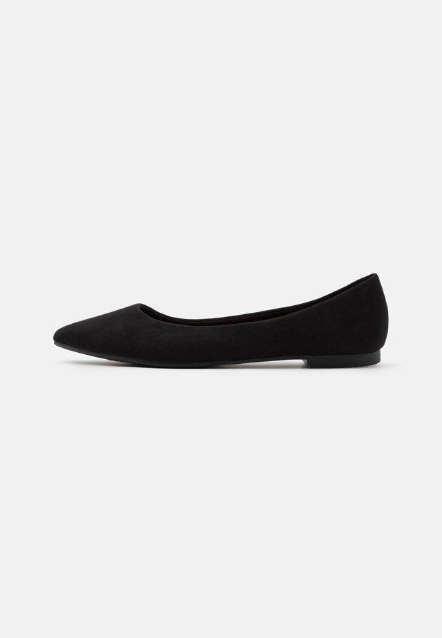 KASHING BASIC POINT - Ballerinasko - black