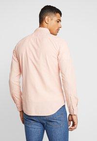 Levi's® - BATTERY SLIM - Skjorta - farallon x garment dye - 2