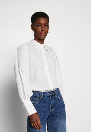 SLFGILANA - Button-down blouse - snow white