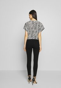 Agolde - SOPHIE - Jeansy Skinny Fit - treble - 2