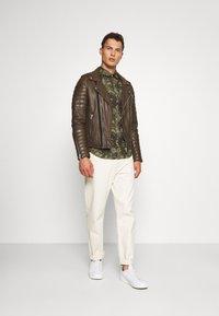 Serge Pariente - HIPSTER  - Leather jacket - khaki - 1