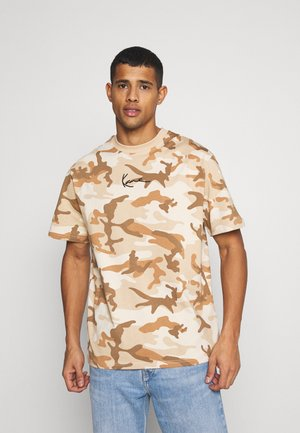 SMALL SIGNATURE CAMO TEE - T-shirt con stampa - beige/sand