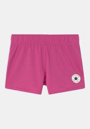 TIMELESS CHUCK PATCH  - Pantalones deportivos - active fuchsia