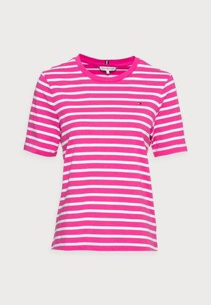REGULAR - Print T-shirt - pink