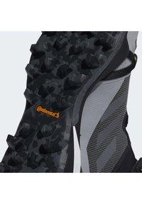 adidas Performance - TERREX SKYCHASER GORE-TEX BOOST HIKING SHOES - Fjellsko - grey - 12