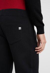 Versace Collection - SPORTIVO PANTALONE - Pantaloni sportivi - nero - 5