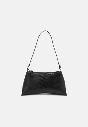 SELENE - Across body bag - black