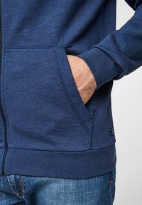 s.Oliver - FELPA - Sweat à capuche zippé - blue - 5