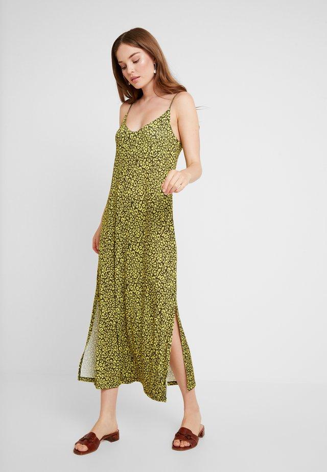 Długa sukienka - olive night