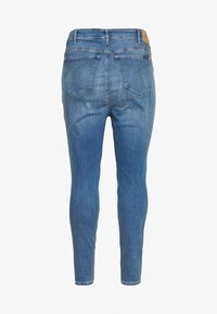 Calvin Klein Jeans Plus - HIGH RISE ANKLE - Jeans Skinny Fit - mid blue - 1