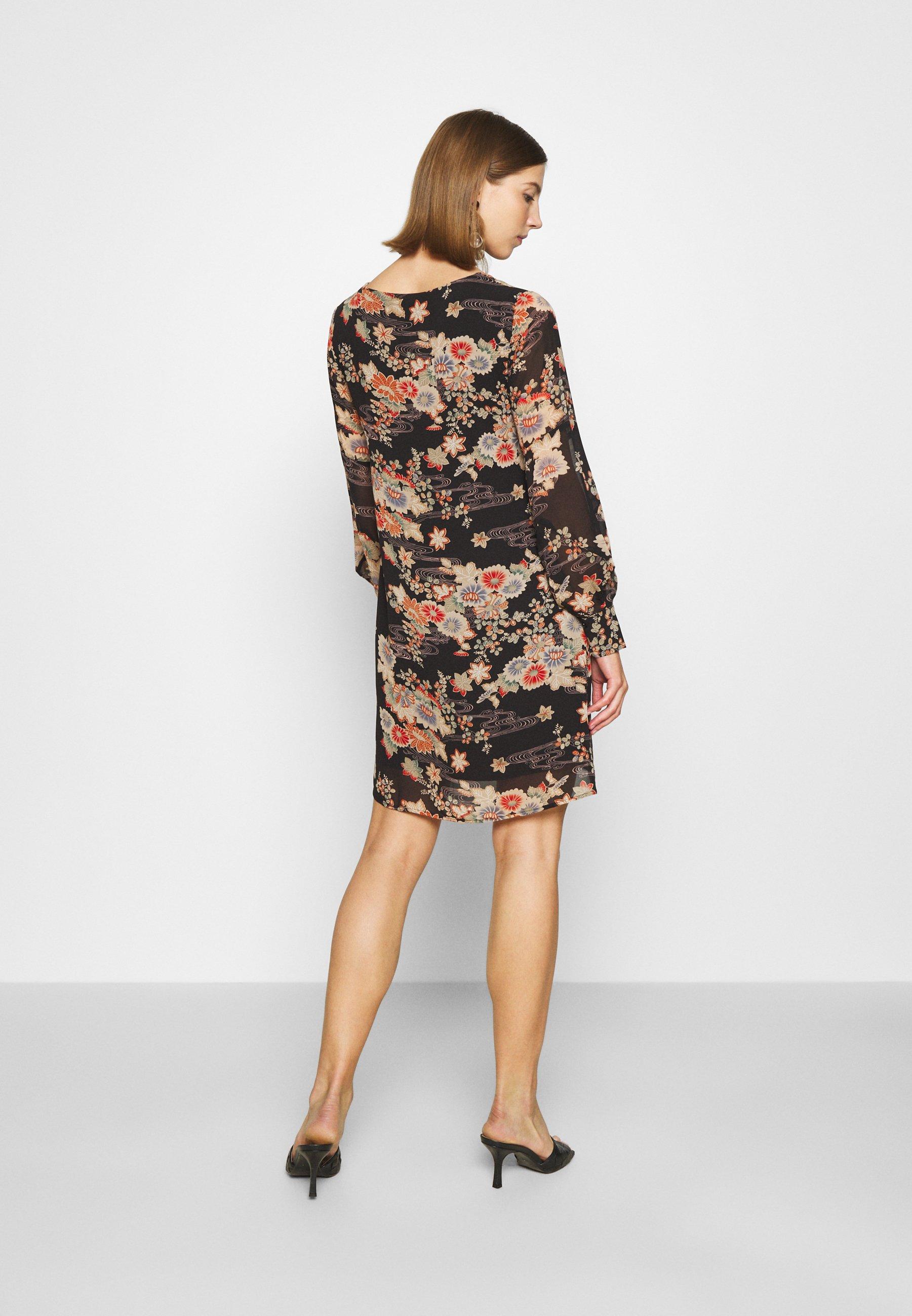 Molly Bracken LADIES DRESS PREMIUM Freizeitkleid kimono black/schwarz