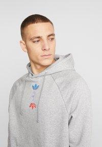 adidas Originals - HOODY - Huppari - grey - 3