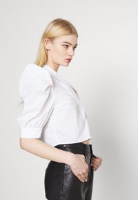 Gina Tricot - SALENA BLOUSE - Button-down blouse - white - 3