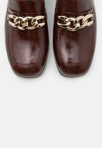 Jonak - VIANE - Platform heels - marron - 5