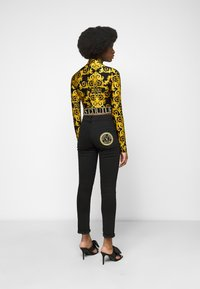 Versace Jeans Couture - LADY  - Long sleeved top - black - 2