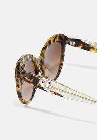 Guess - Sunglasses - blonde havana/brown - 2