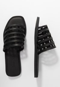 Shoe The Bear - TAO CAGE - Pantofle - black - 3