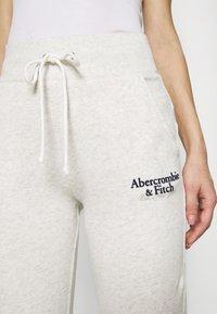 Abercrombie & Fitch - LOGO - Tracksuit bottoms - light grey - 5