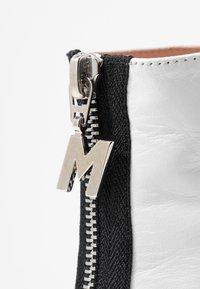 MSGM - Kotníková obuv na vysokém podpatku - white - 2