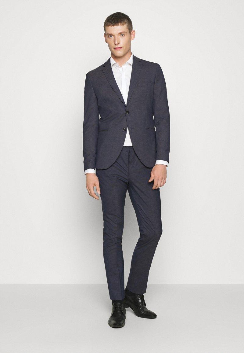 Selected Homme - SLHSLIM MAZELOGAN - Suit - medium blue melange