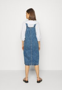 Monki - MARIA DRESS - Denim dress - blue medium dusty blue - 2