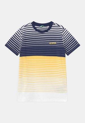 JUNIOR STRIPES  - T-shirt z nadrukiem - yellow