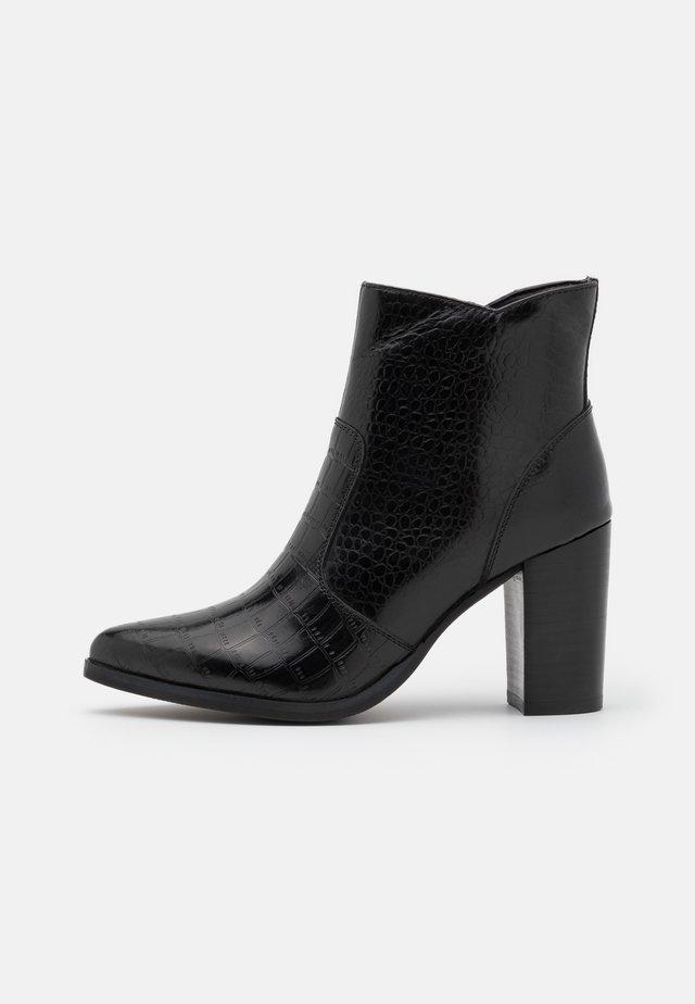 KINKO - Kotníková obuv na vysokém podpatku - noir