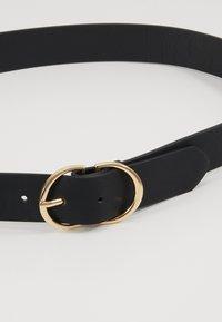 ONLY - ONLMAY ZANNE JEANS BELT - Belt - black/gold - 4