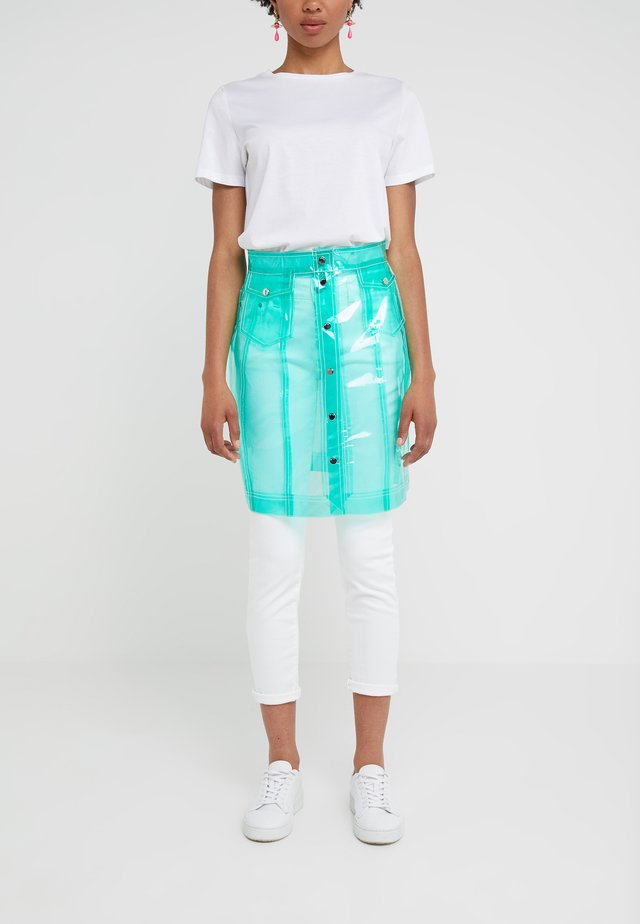 CARMEN - Spódnica trapezowa - jelly bean green