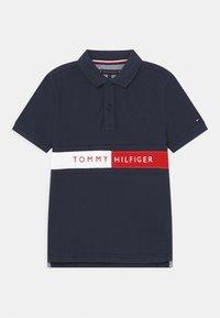 Tommy Hilfiger - FLAG - Poloshirts - twilight navy - 0