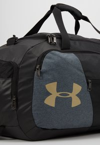 Under Armour - UNDENIABLE DUFFEL 4.0 - Treningsbag - black/metallic gold - 5