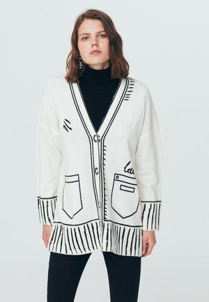 KNITWEAR  - Vest - cream
