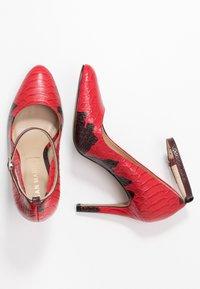 San Marina - VAKELO ARIZONA - High Heel Pumps - red - 3