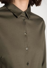 Mos Mosh - TINA - Button-down blouse - grape leaf - 4